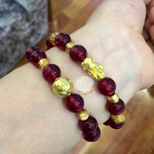 Vòng đá thạch mix charm vàng 24k